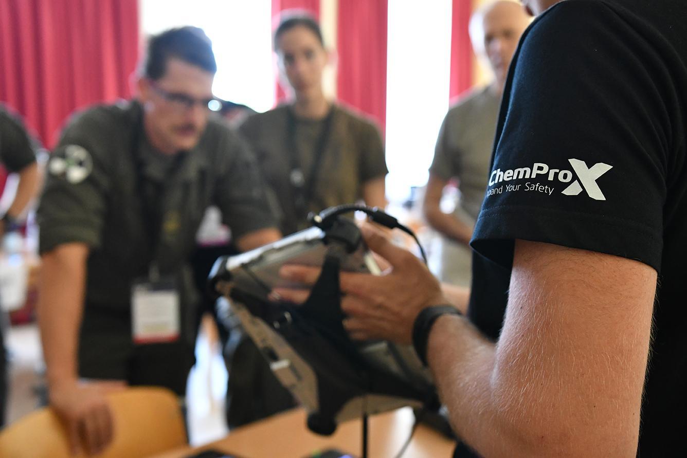 Toni Leikas showcasing ChemProX software training functionalities at NCT Europe 2019